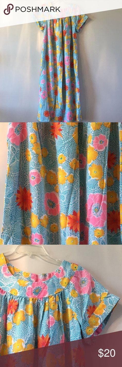 8c2f763dc59e2 Authentic Hawaiian Muumuu dress. Tropical floral dress. Designed in  California. Vintage item.