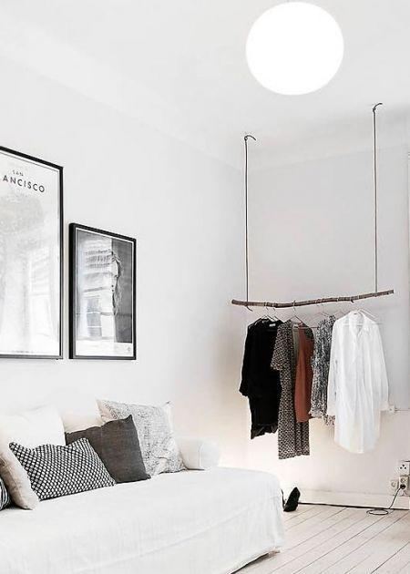 Femina 25 Idees De Dressings Inspirants En 2020 Portemanteau Chambre Placard Ouvert Portant Vetement