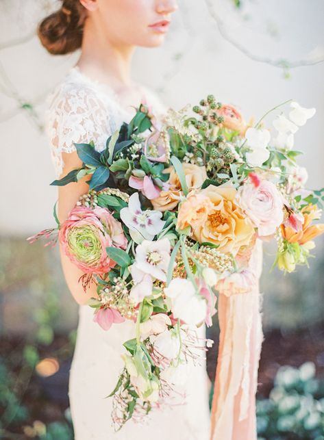 French wedding inspiration & Kayla Barker Workshop giveaway | Wedding Sparrow
