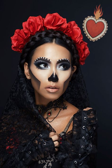 Day of the Dead Makeup Glam, dia de los muertos maquillaje professional. Custom theatrical makeup b Halloween Makeup Sugar Skull, Sugar Skull Costume, Halloween Makeup Looks, Skull Makeup, Eye Makeup, Catrina Costume, Glam Makeup, Makeup Brushes, Beauty Makeup
