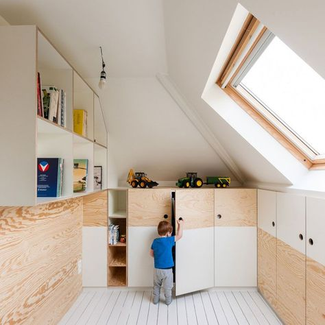 How to Create a Stylish Attic Kid's Room