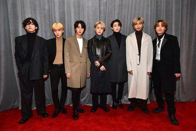 Grammys 2020 Red Carpet All The Best Fashion In 2020 Bts Show Grammy Grammy Awards