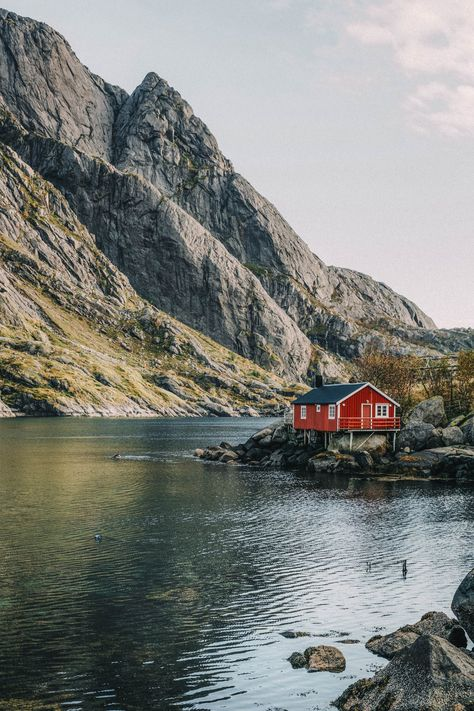 Ultimate Guide to the Best Fjords to Visit in Norway - Schöne Orte Zum Reisen Oh The Places You'll Go, Places To Travel, Travel Destinations, Places To Visit, Lofoten, Norway Wallpaper, La Provence France, Norway House, Norway Landscape
