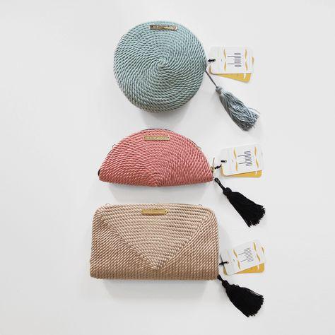 0d5c75742 Bolsos de fiesta hecho en cordón de seda | Modelo Olivia en menta, Carmen  en rosa pastel y Jimena en nude | Diseños OLVIDO MADRID |  www.olvidomadrid.es