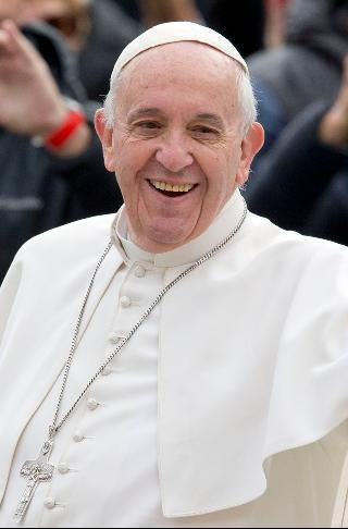 Top quotes by Pope Francis-https://s-media-cache-ak0.pinimg.com/474x/e8/69/16/e86916b0b29ec42b362a5ef1185fcb00.jpg