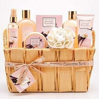 Green Canyon Spa Deluxe Natural Wood Gift Basket Set In French Vanilla Fashion Wigs Toys Elect Gift Baskets For Women Essential Oils Gifts Spa Gift Basket