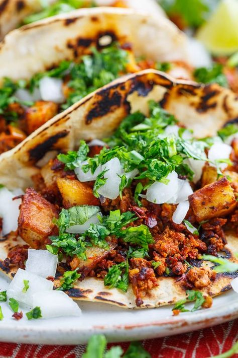 Chorizo and Potato Tacos with Avocado Salsa. Chorizo and Potato Tacos with Avocado Salsa Verde Chorizo Recipes, Pork Recipes, Mexican Food Recipes, Vegetarian Recipes, Cooking Recipes, Healthy Recipes, Chorizo And Potato Tacos Recipe, Potato Recipes, Cooking Chorizo