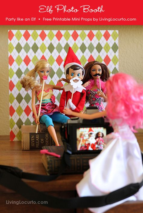 Fun Elf on the Shelf Photo Booth Idea! Get Free Printable Mini Photo Props by Amy at LivingLocurto.com  #Christmas