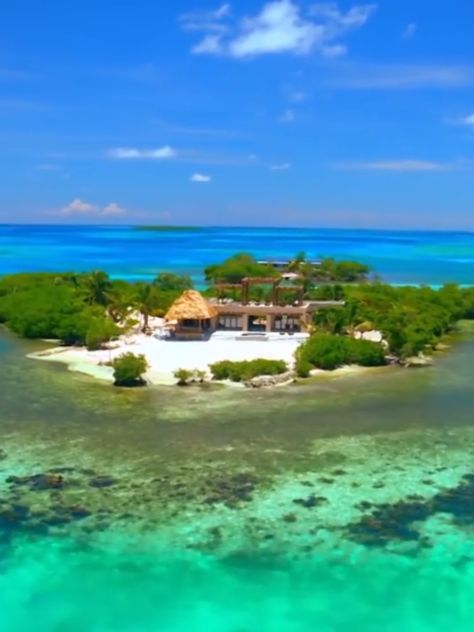 This secluded island can actually be rented. It's claimed to be the most private island in the world.  So, the question is... Would you rent this? Share it with friends who you'd stay here with.  #gladdenprivateisland #secludedisland