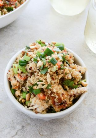 this Thai Chicken Quinoa is healthy, simple and so super delicious | howsweeteats.com
