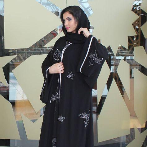 329 Likes 6 Comments Subhan Abayas Subhanabayas On Instagram Repost Nareez Boutique With Instatoolsapp يتم توف Abaya Fashion Abaya Dress Fashion
