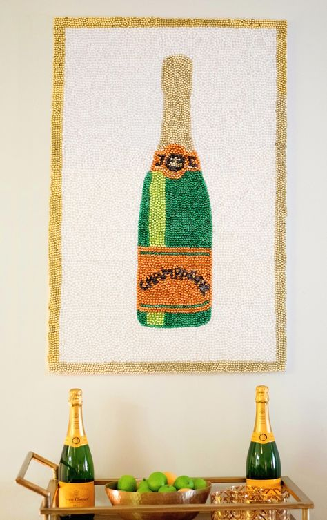 A tutorial on how to make DIY Mardi Gras Champagne Art, which is perfect decor for any bar cart. Fall Crafts, Diy Crafts, Champagne, Mardi Gras Beads, Art Diy, Diy Tattoo, Boho Diy, Beading Projects, Bead Art