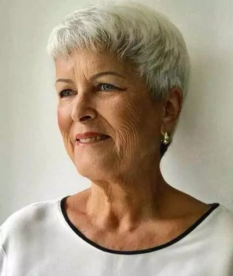 Photo of Short Hairstyles for Older Women with Thin Hair – The UnderCut