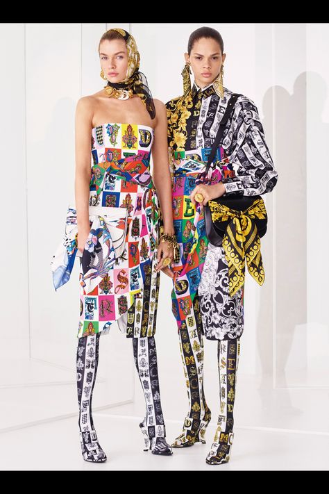 Get inspired and discover Versace trunkshow! Shop the latest Versace collection at Moda Operandi.