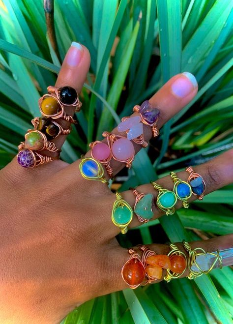Wire Jewelry Rings, Handmade Wire Jewelry, Cute Jewelry, Crystal Jewelry, Jewelry Accessories, Diy Crystal Rings, Jewlery, Hippie Jewelry, Hippie Rings