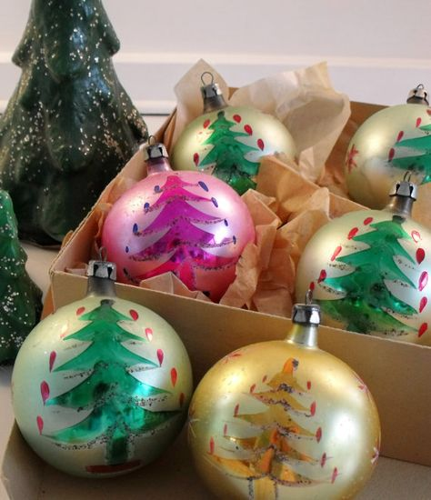 Vintage Glass Starburst Ornaments Poland Sputnik Ornament Poland Ornament  Colorful Ornaments Mercury Glass Christmas Tree Ornaments