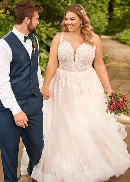 D2805 A Line Wedding Dress By Essense Of Australia Weddingwire Com In 2020 Plus Wedding Dresses Ball Gowns Wedding Plus Size Wedding Gowns