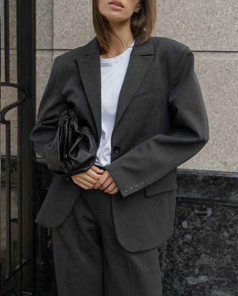 YULIAWAVE Oversized Blazer in Gray