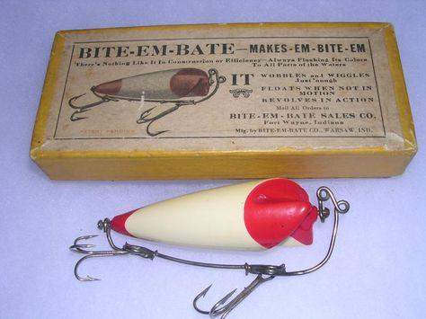 Vintage fishing lures Captain larry/'s Pickerel Bass Fishing tackle hooks rod reel lake river vintage collectible hook