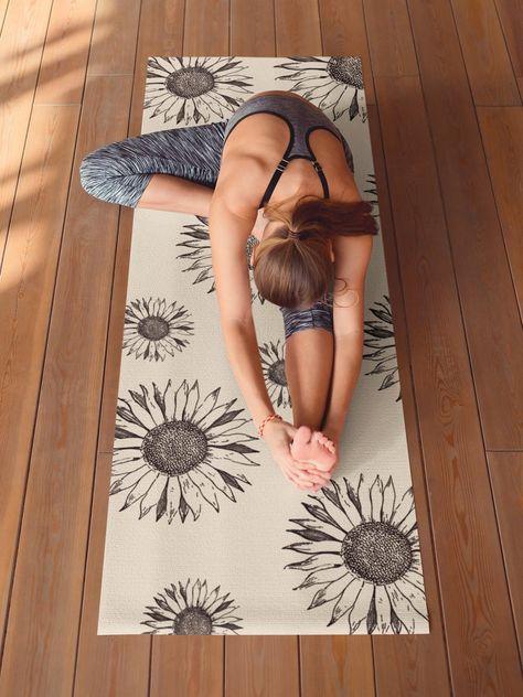Yoga Photos, Yoga Pictures, Daily Meditation, Meditation Pictures, Meditation Cushion, Sunflower Design, Beautiful Yoga, Morning Yoga, Yoga For Kids