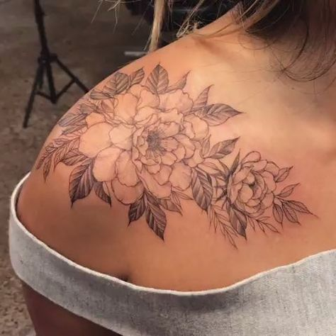 Chronic Ink tattoo Vancouver Rayna Blackwork-tattoo floral piece