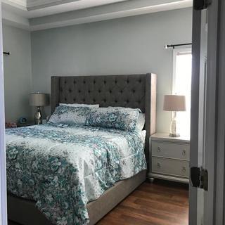 Sorinella Queen Upholstered Bed Upholstered Beds Queen