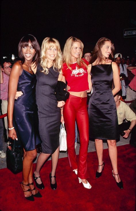 Naomi Campbell, Claudia Schiffer, Elle Macpherson, & Christy Turlington in 1995