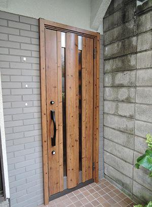 玄関ドアリフォームを兵庫で行うきたむらのビフォーアフター 現代的
