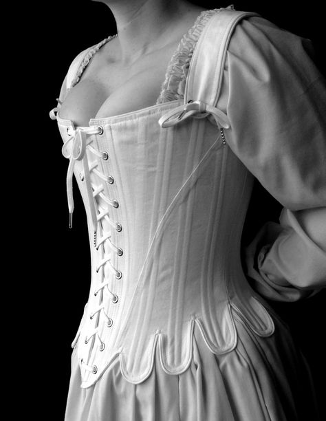 Порно В Старинном Платье С Корсетом