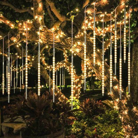 Xmas Tree, Christmas Tree Decorations, Outdoor Tree Decorations, Backyard Wedding Decorations, Pinecone Wedding Decorations, Garden Decorations, Meteor Lights, Jardin Decor, Shower Lighting