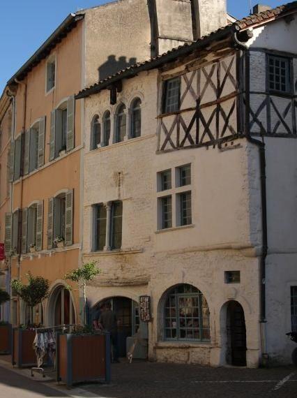 Bourgogne Cluny Rue Lamartine Facades Des 12e Et 15e Siecles No15
