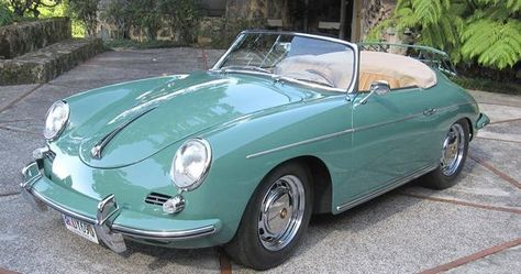 1961 Porsche 356 Roadster Maintenance/restoration of old/vintage vehicles: the material for new cogs/casters/gears/pads could b… (met afbeeldingen) Fiat 600, Ferdinand Porsche, Retro Cars, Vintage Cars, Jaguar, Super Pictures, Peugeot, Porsche 356 Speedster, Roadster