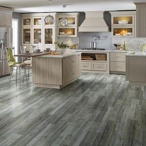 Smartcore Scp Covington Oak Plank Lowes Com In 2020 Grey Vinyl Plank Flooring Vinyl Plank Flooring Luxury Vinyl Plank