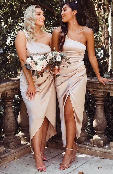 Willow Wrap Dress Champagne – White Fox Boutique USA Source by masseyamelia bridesmaid dresses Champagne Bridesmaid Dresses, Blue Bridesmaids, Wedding Bridesmaids, Champagne Color Wedding, One Shoulder Bridesmaid Dresses, Bride Maid Dresses, Bohemian Bridesmaid Dresses, Flattering Bridesmaid Dresses, Different Bridesmaid Dresses