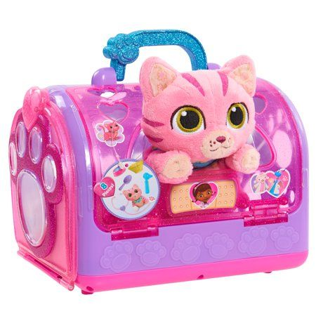 Buy Doc McStuffins: Toy Hospital Pet Carrier - Cat at Mighty Ape NZ. Help your furry friends feel their best with on-the-go checkups! The new Toy Hospital on The Go Pet Vet Carrier from Disney Junior's Doc McStuffins c. Baby Toys, Kids Toys, Doc Mcstuffins Toys, Little Girl Toys, Cool Toys For Girls, Makeup For Little Girls, 4 Year Old Girl, Pet Carriers, Disney Toys