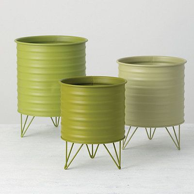 Green Cylinder Planters With Legs Set Of 3 In 2020 Iron Planters Planters Large Planters