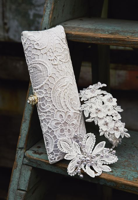 The new 'Kyla' clutch is a gorgeously crocheted accessory to complete your bridal look. #davidsbridal # handbags #clutch #weddings #weddingaccessory
