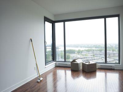 10 Best Basement Flooring Options Basement Flooring Options Best Flooring For Basement Wood Laminate Flooring