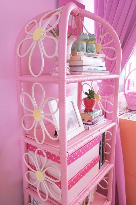 🍓🐮 on Twitter: u don't understand how much i love this flower bookshelf…