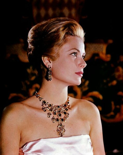 Grace Kelly by Philippe Halsmann 1963