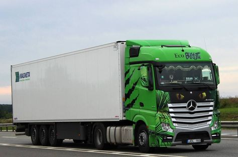 company #MercedesBenz #Actros #MP4...
