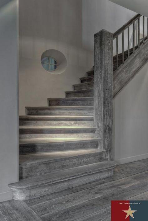 dark grey hardwood floors - so us!