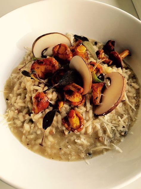 Ein einfaches Risotto mit Pilzen und knusprigen Salbeiblättern zum Friday Night Dinner Date.