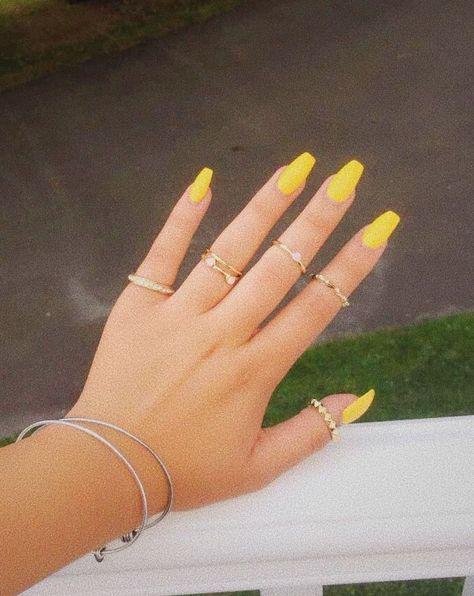 Yellow acrylic nails summer nails