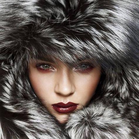 It is cold outside #morning #goodmorning #fall #cold #wakeup #wakingup #fur #furcoat #coffee #breakfast #stylish #classy #fashion #fashionista #fashionblogger