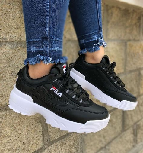 30 paires de sneakers rétro à porter cette année pour éviter