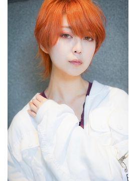 推し色で決まり プリズムオレンジ ショートウルフ L031990995 アマンドール Aman D Or のヘアカタログ ホットペッパービューティー オレンジ ヘアカラー ビューティー 髪型