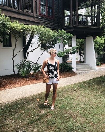 Summer outfit in Rosemary Beach, Florida | fashion blogger