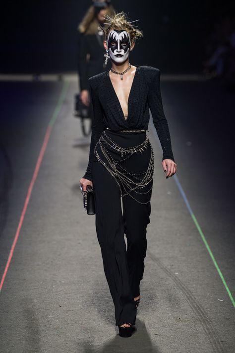 Philipp Plein Spring 2020 Menswear Fashion Show Collection: See the complete Philipp Plein Spring 2020 Menswear collection. Look 37