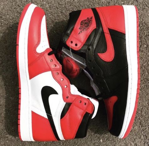 b7f606ab14d5 The Air Jordan 1 Retro High OG Homage To Home Will Be A Limited Release